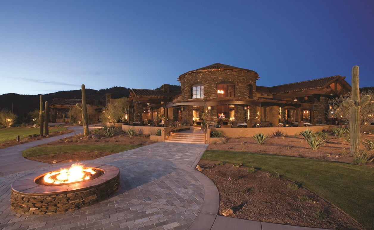 As a homeowner in The Ritz-Carlton Residences, Dove Mountain in Marana, you can indulge yourself at the Forbes 5-Star Ritz-Carlton, Dove Mountain hotel whenever the spirit moves you.