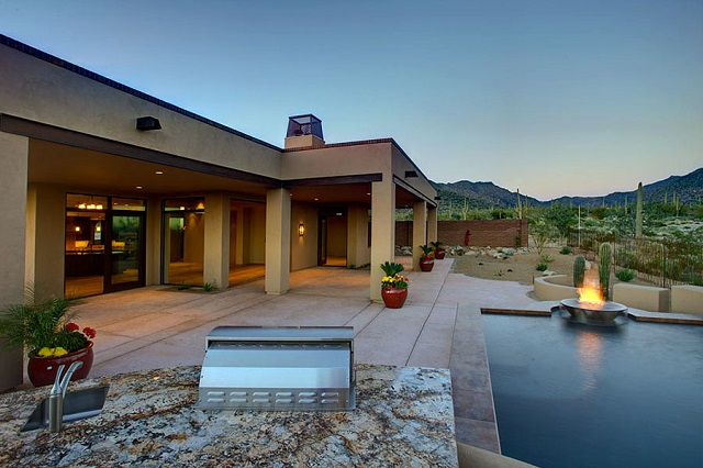 More homeowners are looking for quiet towns where they can still buy new and have choices and selections to customize. That's why luxury custom-built homes are some of the most sought out homes on the Tucson luxury real estate market today.
