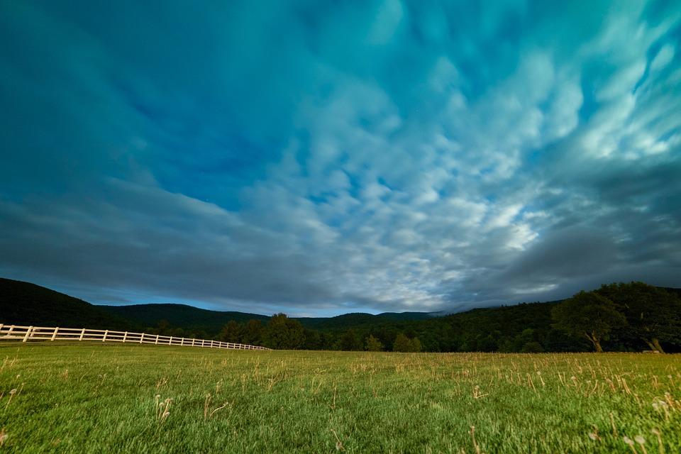 farmland-820038_960_720